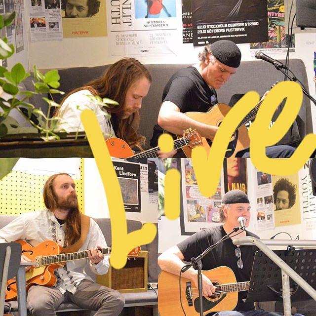 Då släpper vi snart, kl 17,  lös Mats Götherskjöld och Erik Ivarsson som spelar härliga låtar. Välkomna! Fri Entré!