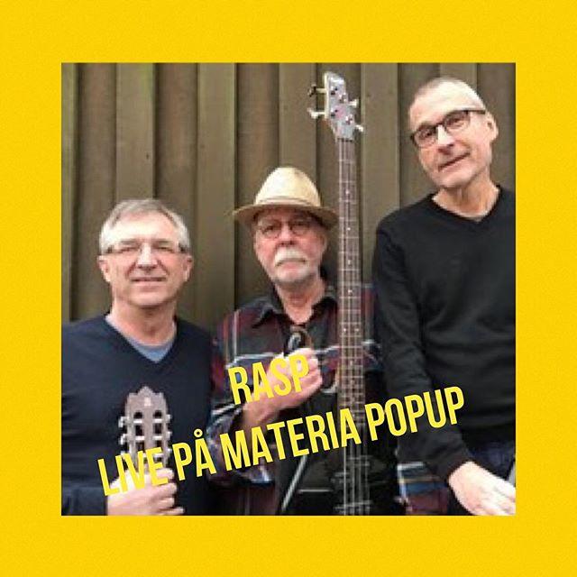Kom förbi, slink in, ta en fika och lyssna till RASP på Materia Pop up. Ett härligt häng en stund på lördagseftermiddagen.Lördag 23 september uppträder trio RASP på Materian som liggerpå Järntorgsgatan 6 mitt emot Draken. Vi är där mellan 14 - 19.Vi spelar och sjunger vispop - covers från Bob Dylan till Veronica Maggio.RASP är Kaj Dannberg: sång och gitarr, Lennart Engström: bas och sång,Sven-Erik Lindblom: sång, sax, klarinett, blockflöjt och congas.Fritt inträde förstås. Ett smakprov på hur vi kan låta: https://www.youtube.com/watch?v=8TgUMo18nDA #rasp #materiapopup